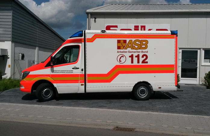 ref-rettungswagen-02
